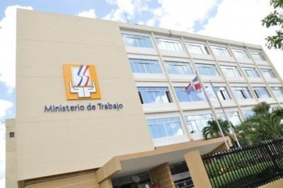 Ministerio de Trabajo informa días feriados enero 2014