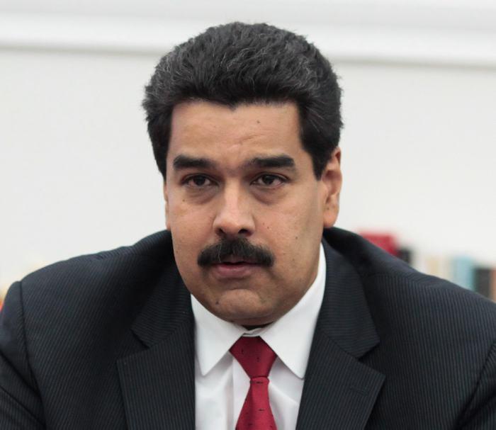 Dan 48 horas a diplomáticos de EU para salir de Venezuela
