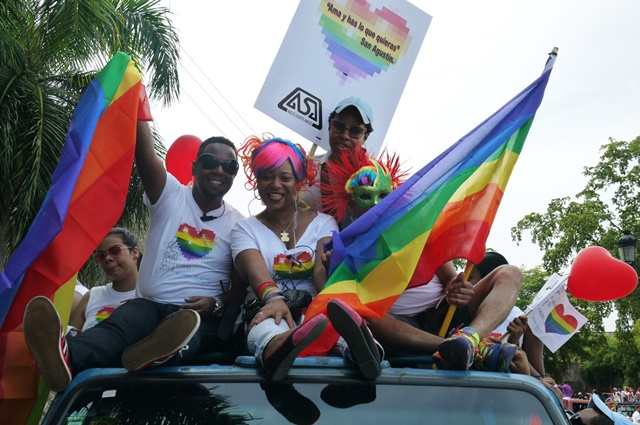 Desfile glbt por las calles de centro historico - 5 7