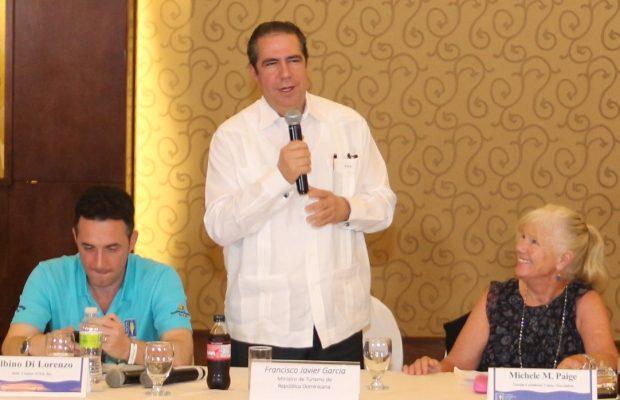 Resultado de imagen para industria de cruceros en republica dominicana